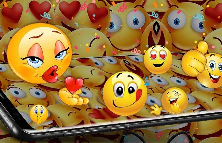 The Emoji Parallax: Individual Differences In Perceiving Digitized Hormones