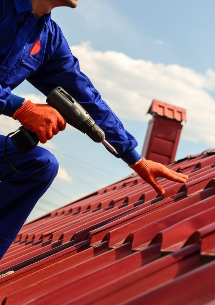 Four Benefits You Can Enjoy When You Hire a Professional Roofing Contractor