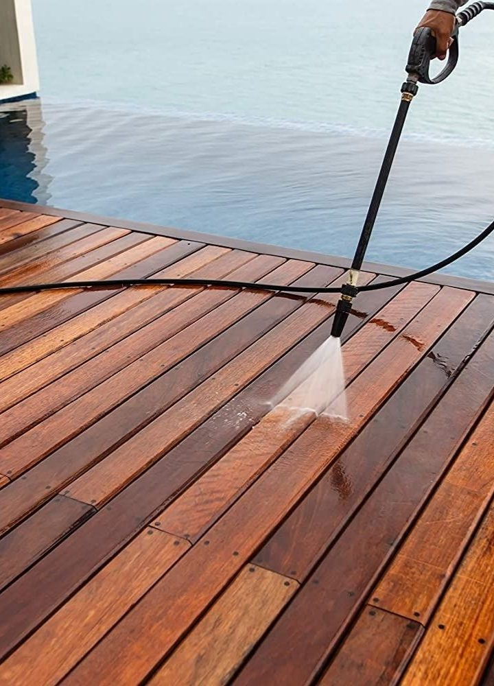 4 Elements To Consider When Choosing Decking Materials